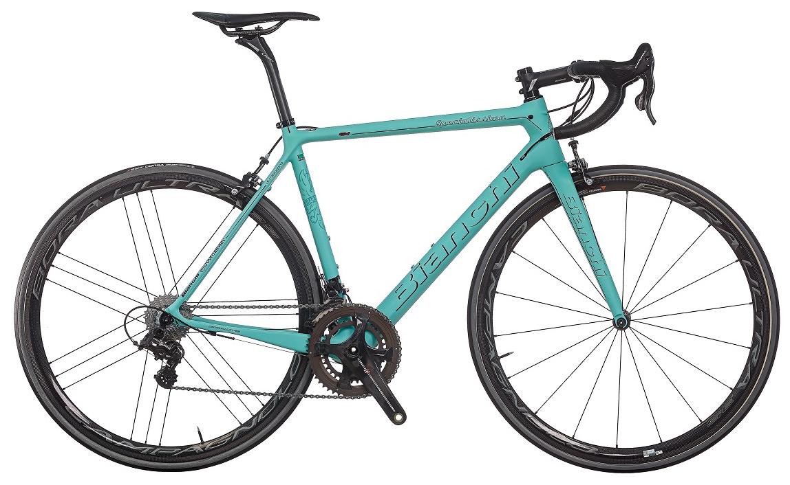 創業130年を迎える世界最古の自転車ブランドで、パンターニやジモンティなど伝説的なチャンピオンたちが、チェレステのバイクで多くの勝利を獲得してきた。