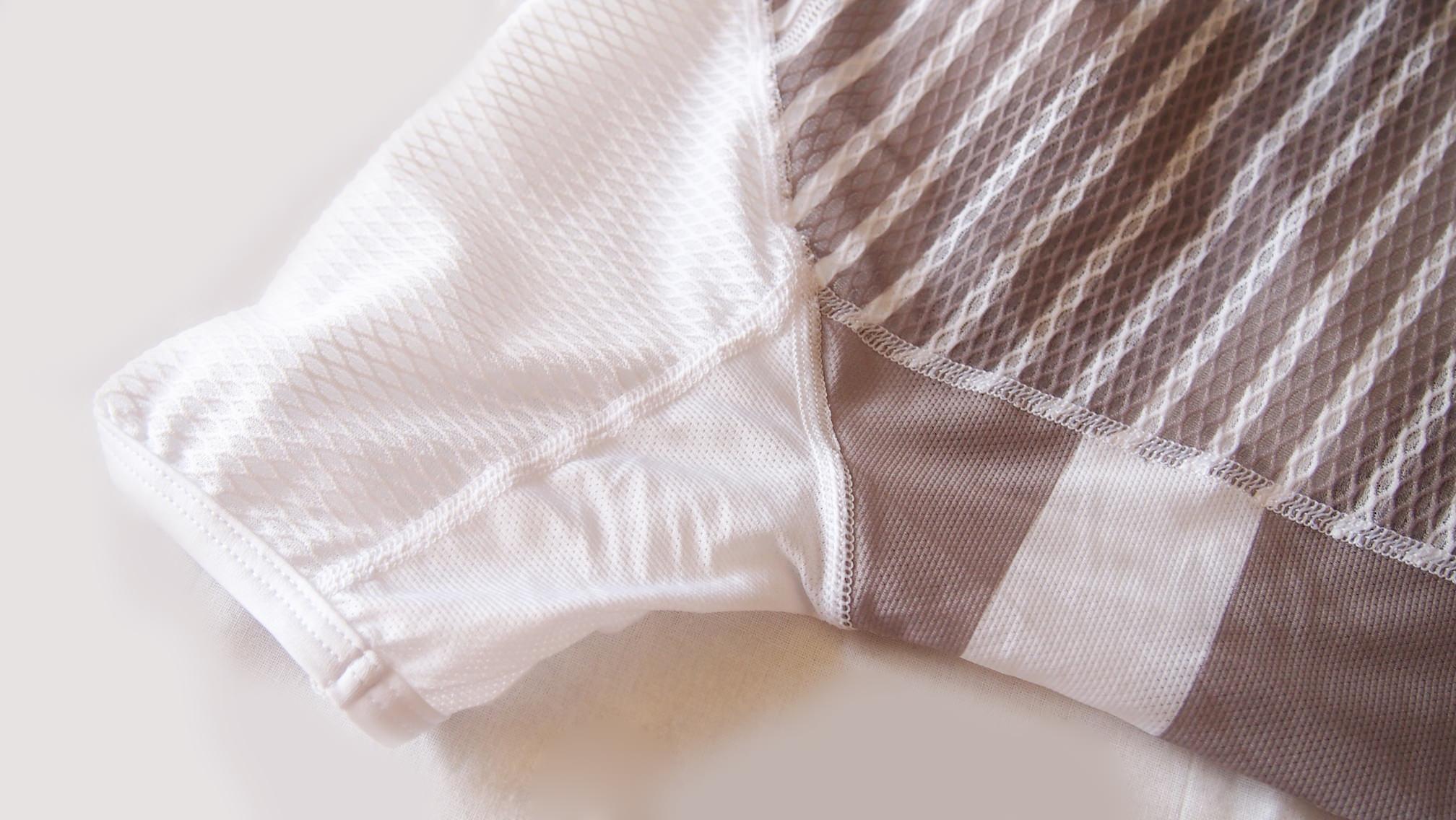 ticベースレイヤー袖