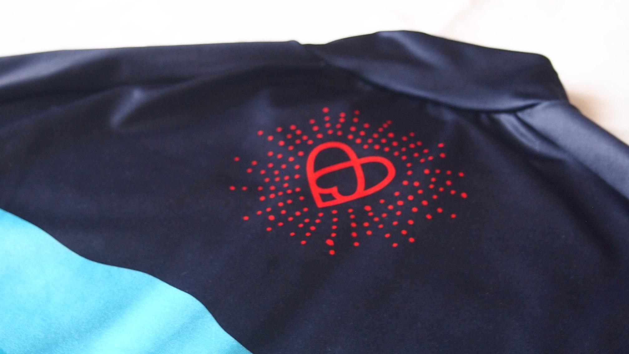 warsawジャージ背面ロゴ