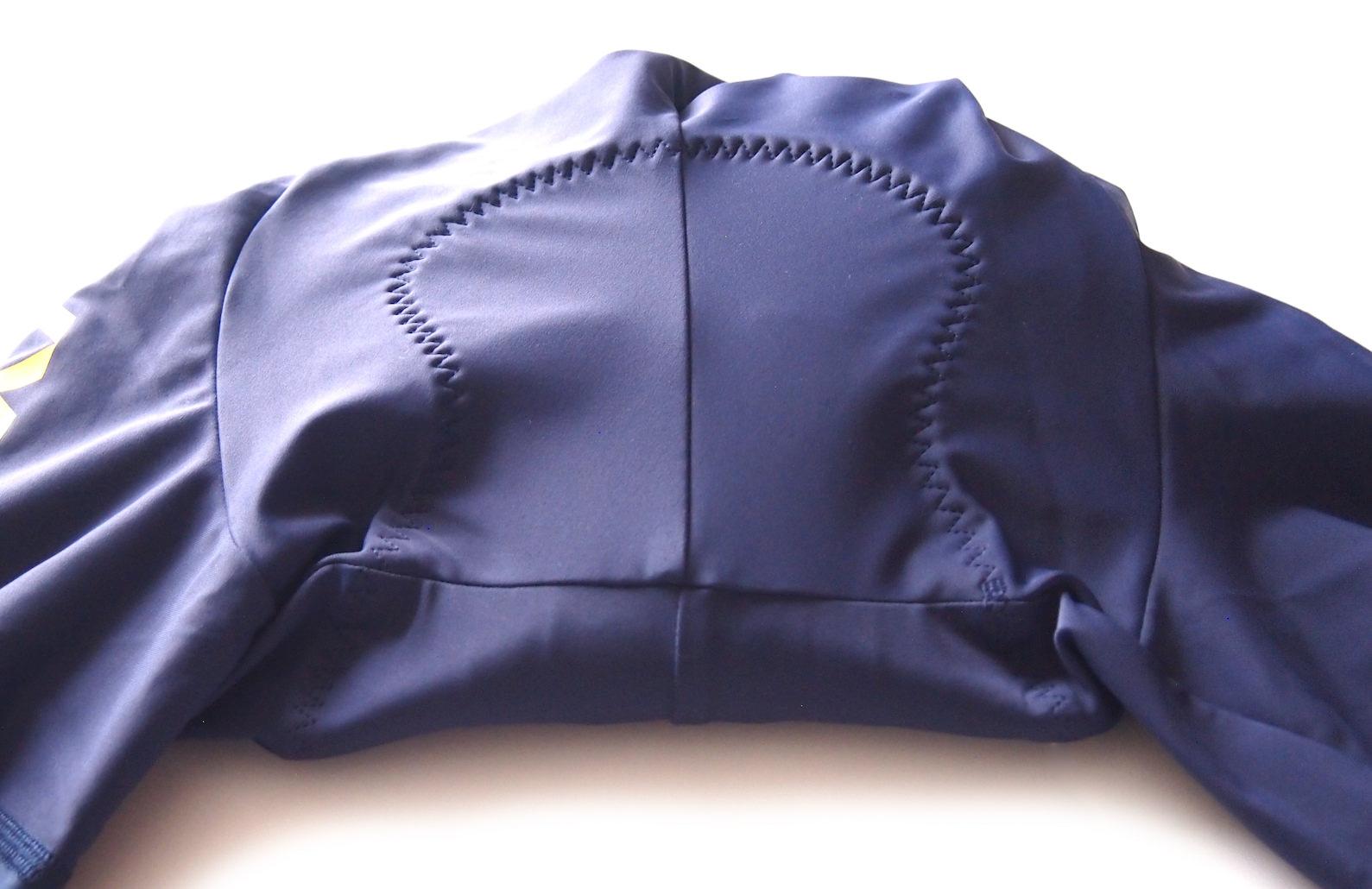 FYXO Blu Marino Bib Shorts パッド表