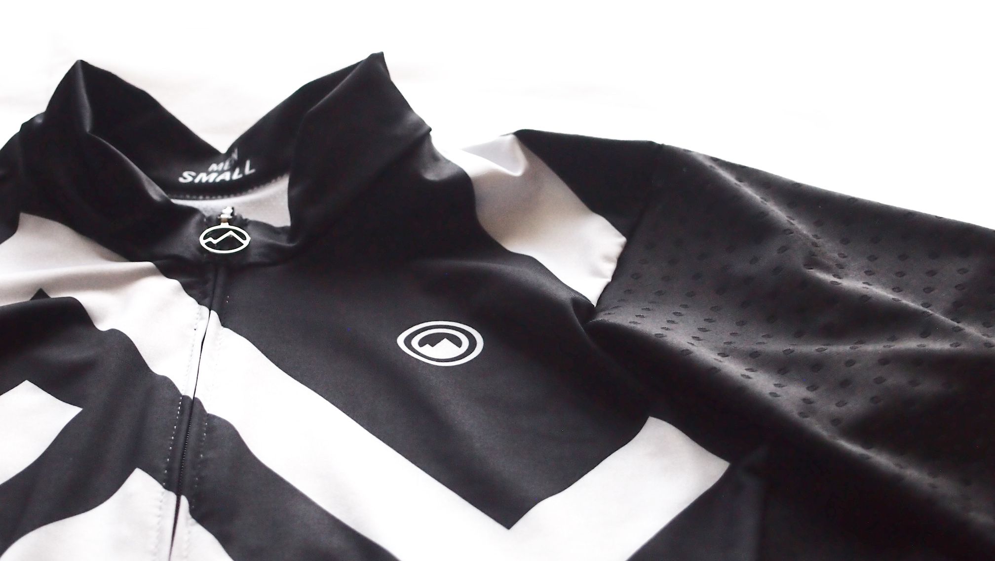 milltag sector men jersey 素材感