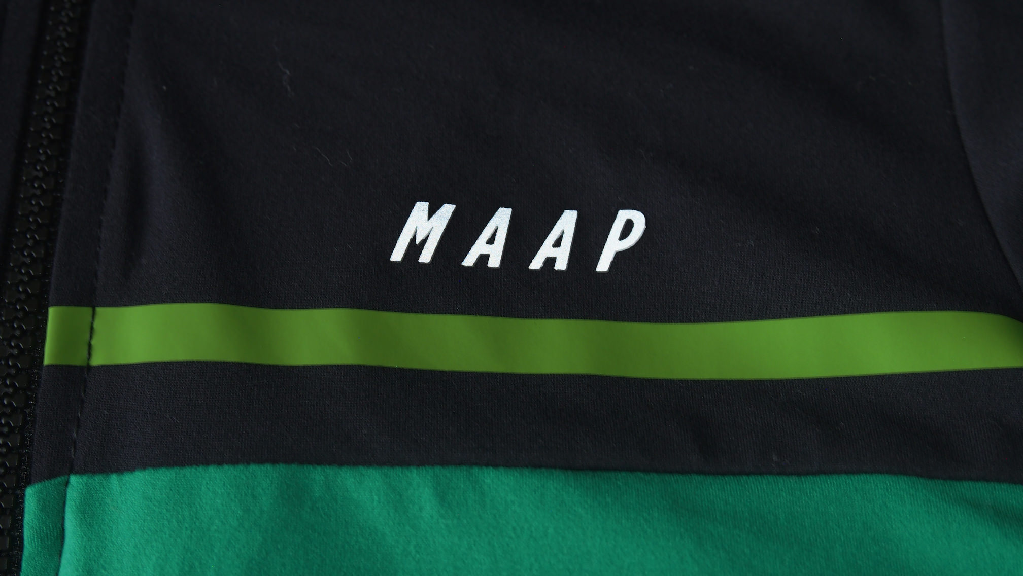 MAAP Segment Jersey 胸のロゴ